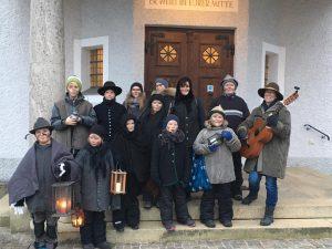 Die Kindergruppe des Trachtenvereins Bruckmühl unterstützte in 2018 Geflüchtete vor Ort